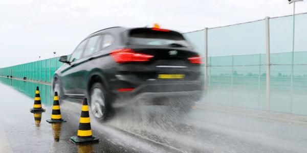 SUV için kış lastiği testi: Auto Bild, lastiklerin ıslak zeminde yol tutuş kapasitelerini kıyasladı