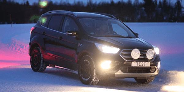 SUV için kış lastiği testi: TCS ve ADAC, karda yol tutuş performansı için lastik kıyaslaması gerçekleştirdi