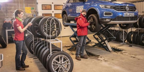 Kış lastikleri testinde kompakt SUV Volkswagen T-Roc kullanıldı